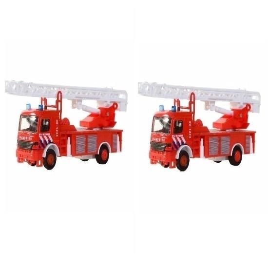 2x Brandweer autoladder 15 cm