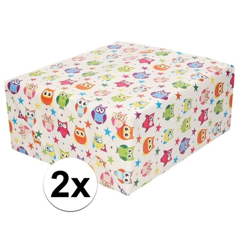 2x Inpakpapier/cadeaupapier wit en gekleurde uiltjes 200 x 70 cm