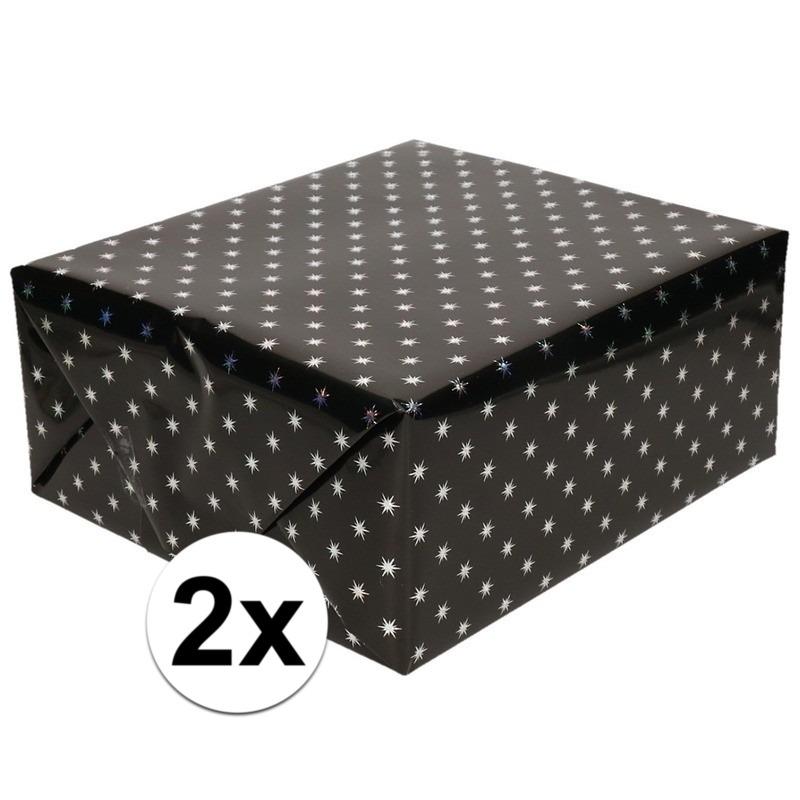 2x Inpakpapier/cadeaupapier zwart sterren 150 x 70 cm rollen