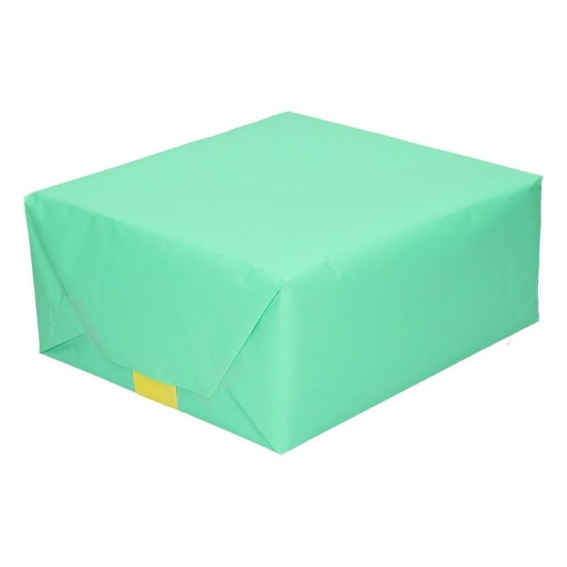 Inpakpapier/cadeaupapier dubbelzijdig mint groen/lime geel 200 x 70 cm