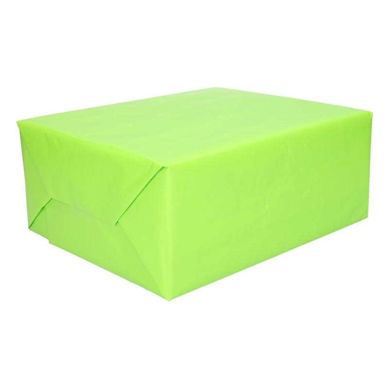 Inpakpapier/cadeaupapier lichtgevend groen 200 x 70 cm op rol