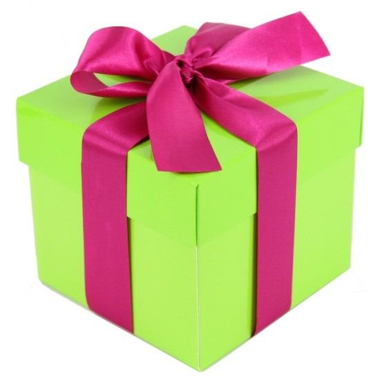 Kerst cadeautje limegroen met roze strik 10 cm