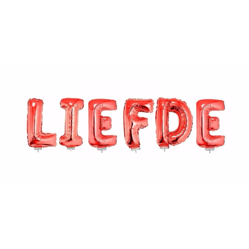 LIEFDE in opblaasletters rood inclusief stokjes