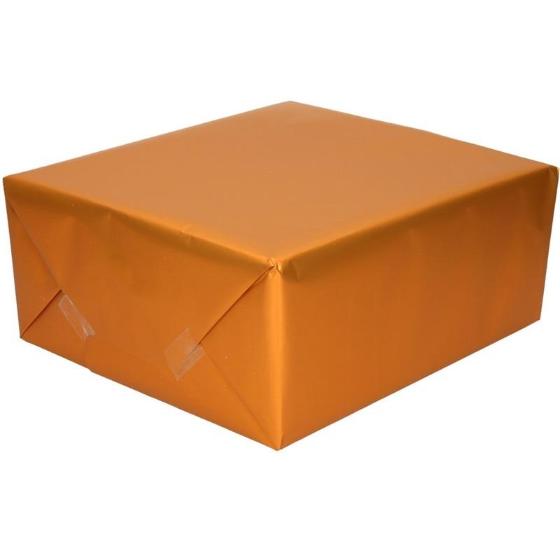 Luxe inpakpapier/cadeaupapier oranje zijdeglans 150 x 70 cm